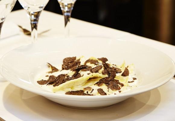 Ravioli aux truffes fraîches